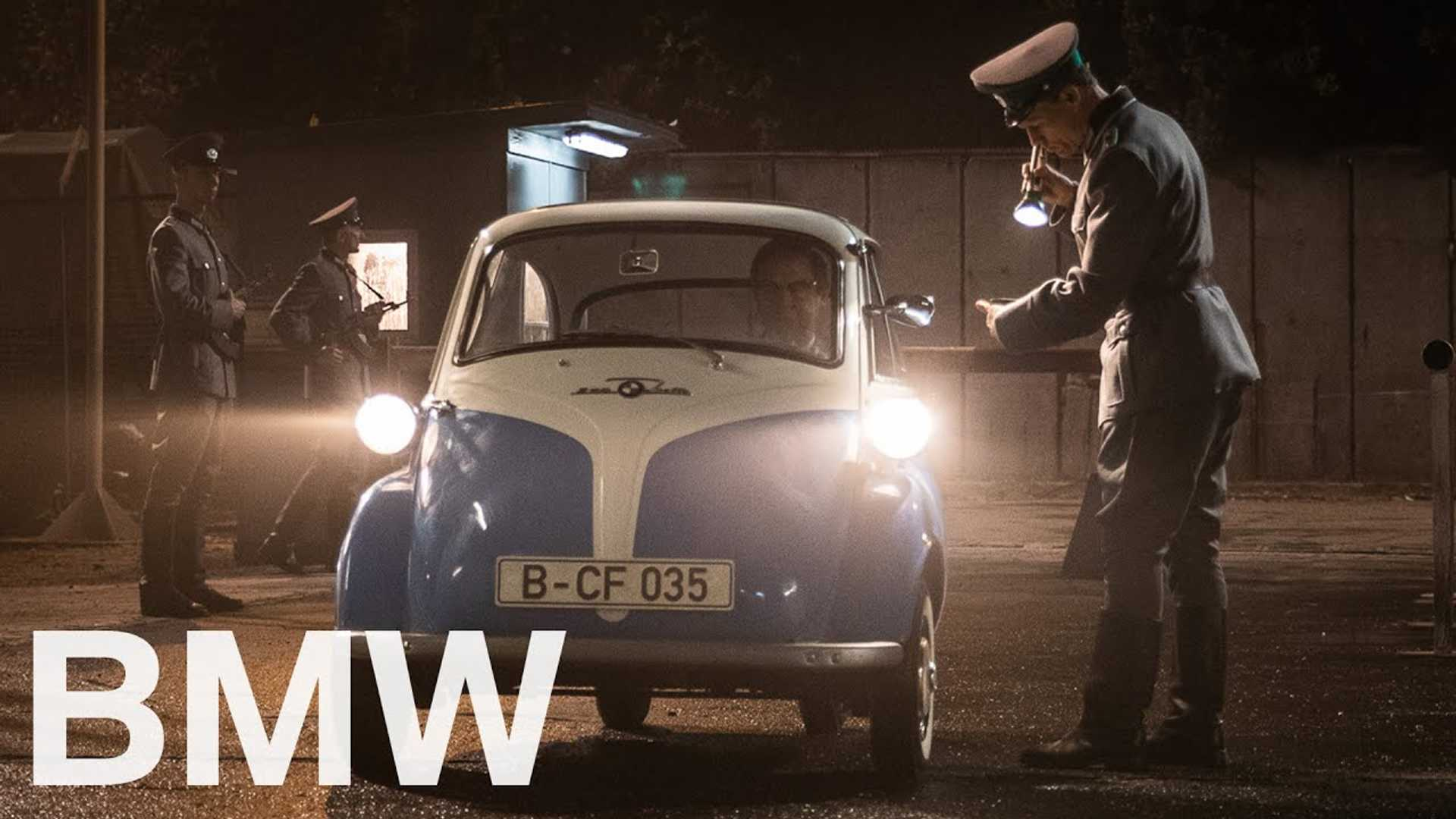 That time a German kid smuggled a friend to freedom in a BMW Isetta