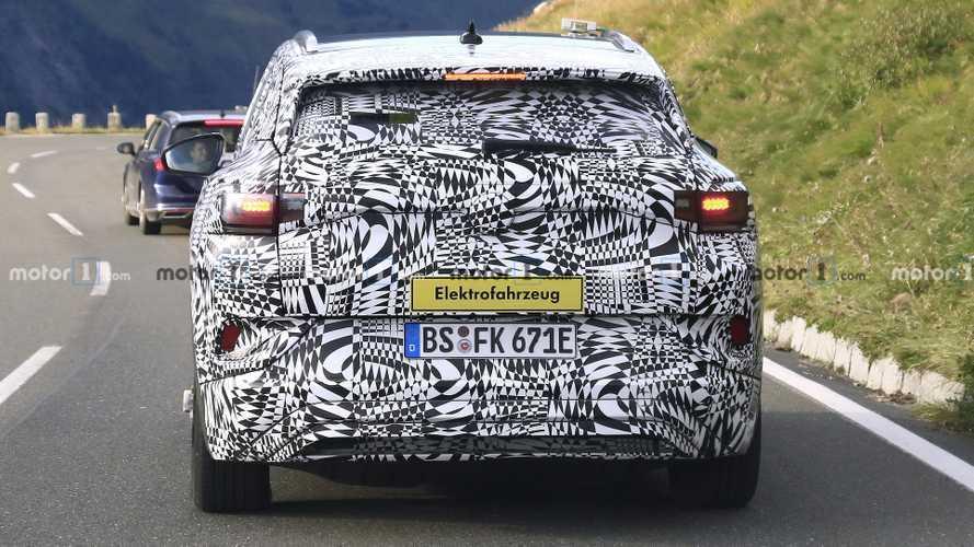 Volkswagen ID.4 Electric SUV Spy Shots