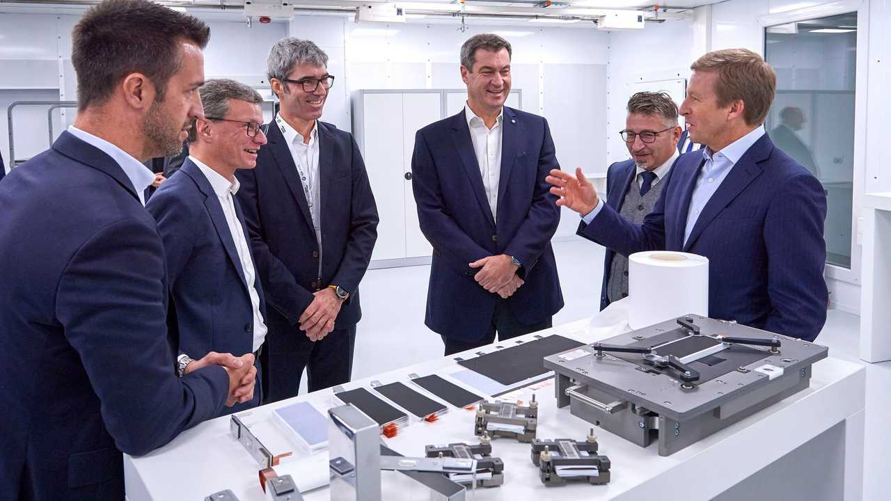 BMW Battery Cell Competence Centre: Battery cell prototyping