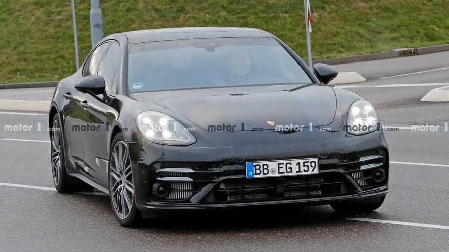Porsche Panamera facelift new spy photos