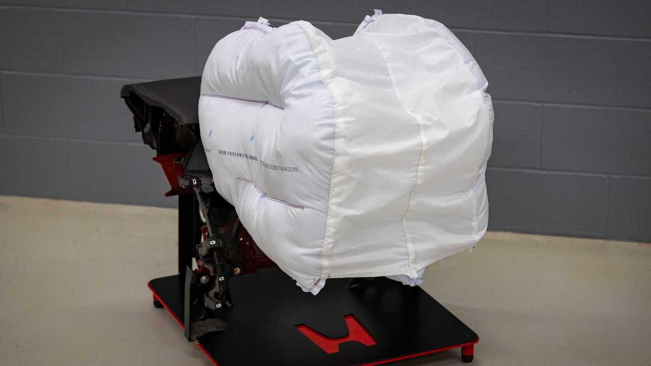 Novo airbag para passageiros da Honda