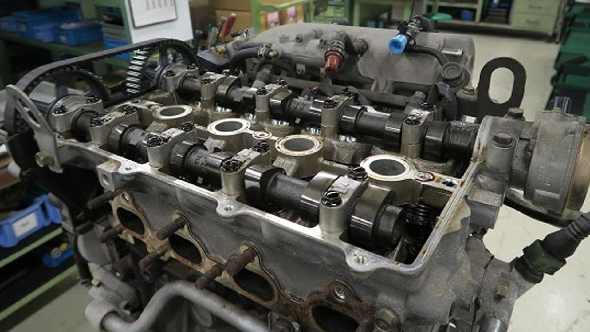 "[""Mazda Miata Factory Restoration Starts At $40K""]"