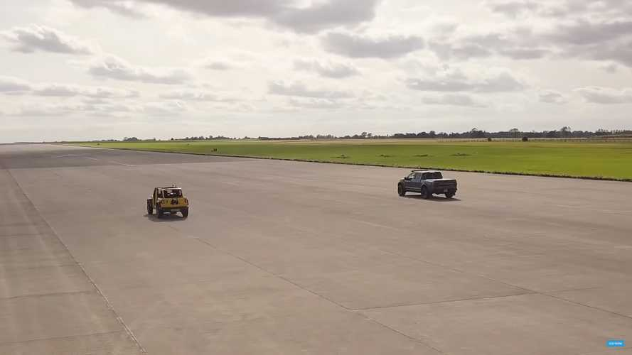 Jeep Wrangler Vs Ford Raptor Drag Race