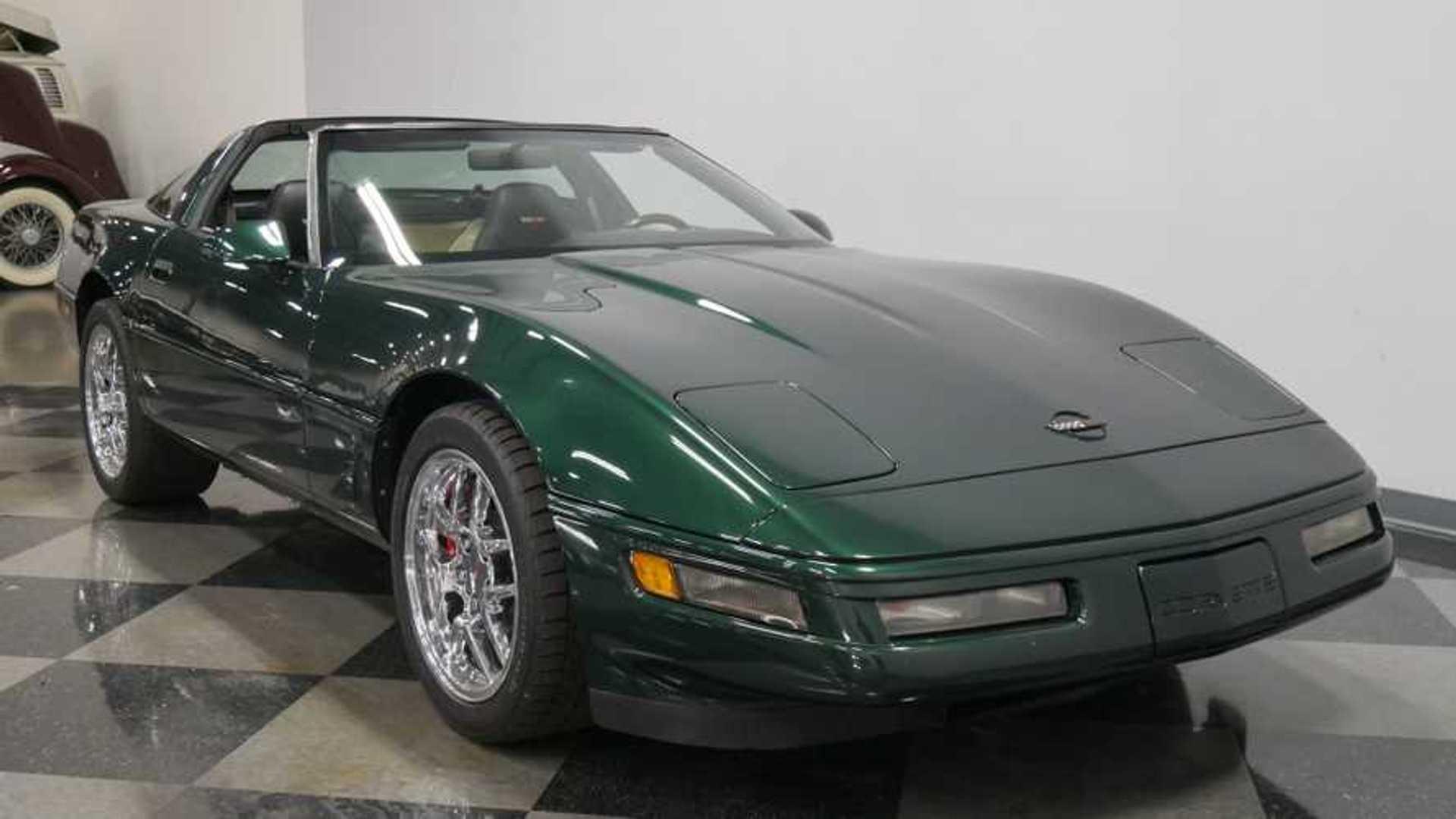 Polo Green 1995 Chevrolet Corvette C4 Is A Real Winner