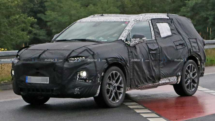 Chevy Blazer XL Spied Trying To Hide Its Bigger Size