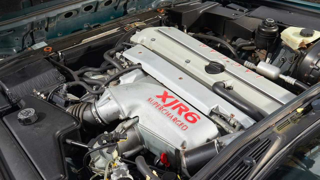 1994 Jaguar XJR