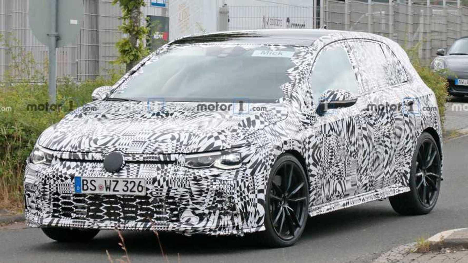 VW Golf 8 GTI am Nürburgring erwischt