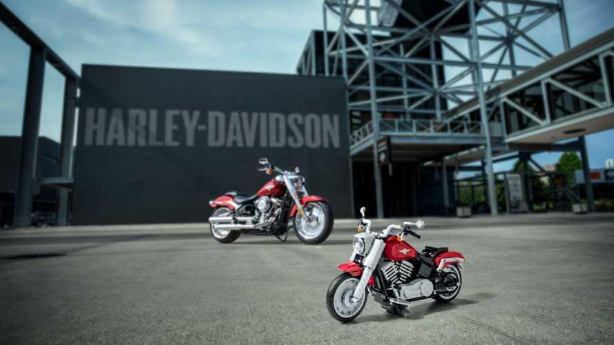 Lego'dan Harley-Davidson Fat Boy yapımını görün!