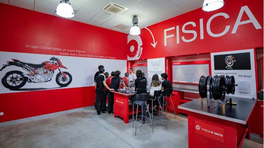 """Ducati apre le sue porte per """"Fisica in Moto"""""""