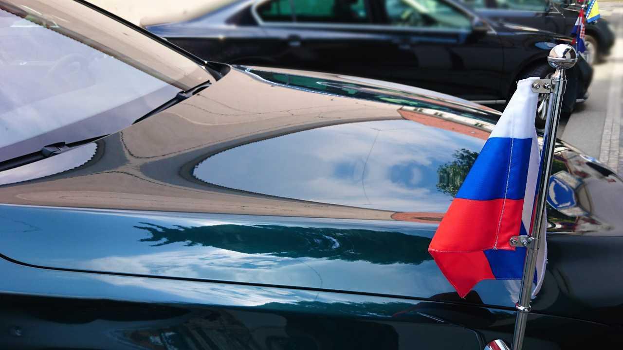 Russian Federation flag on diplomat car