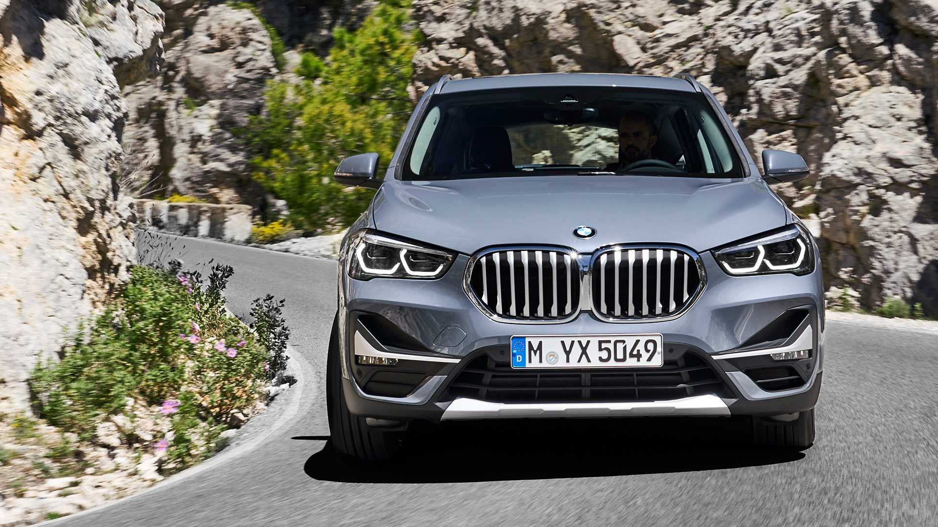 2020 Bmw X1 Suv Debuts Minor Facelift For Mid Cycle Refresh