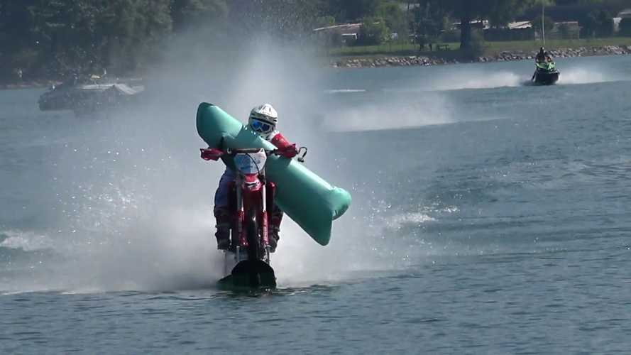 Watch Man Set New World Speed Record With Pool Noodle