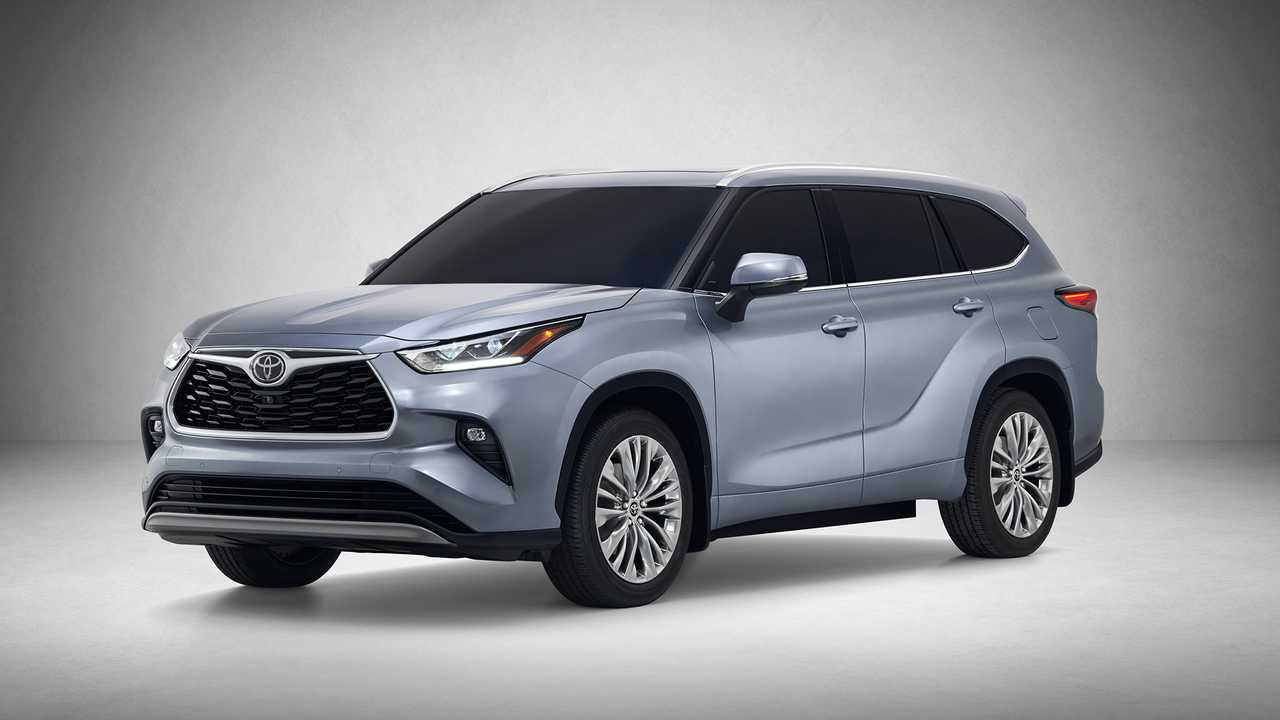While The Outgoing Highlander Hybrid Features A 3 5 Liter V6 And Pair Of Electric Motors