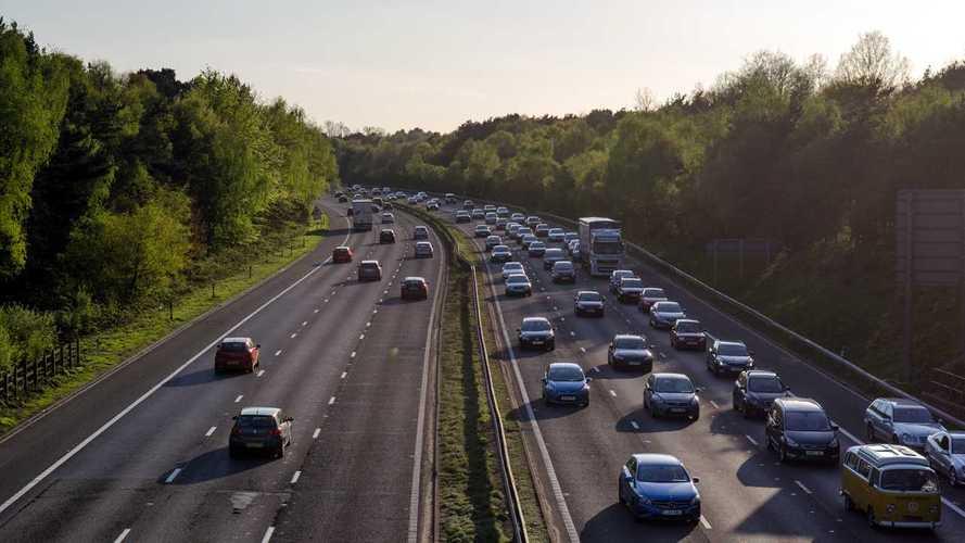 Otomobil ve hafif ticari pazarı Şubat ayında yükseliş ivmesini korudu