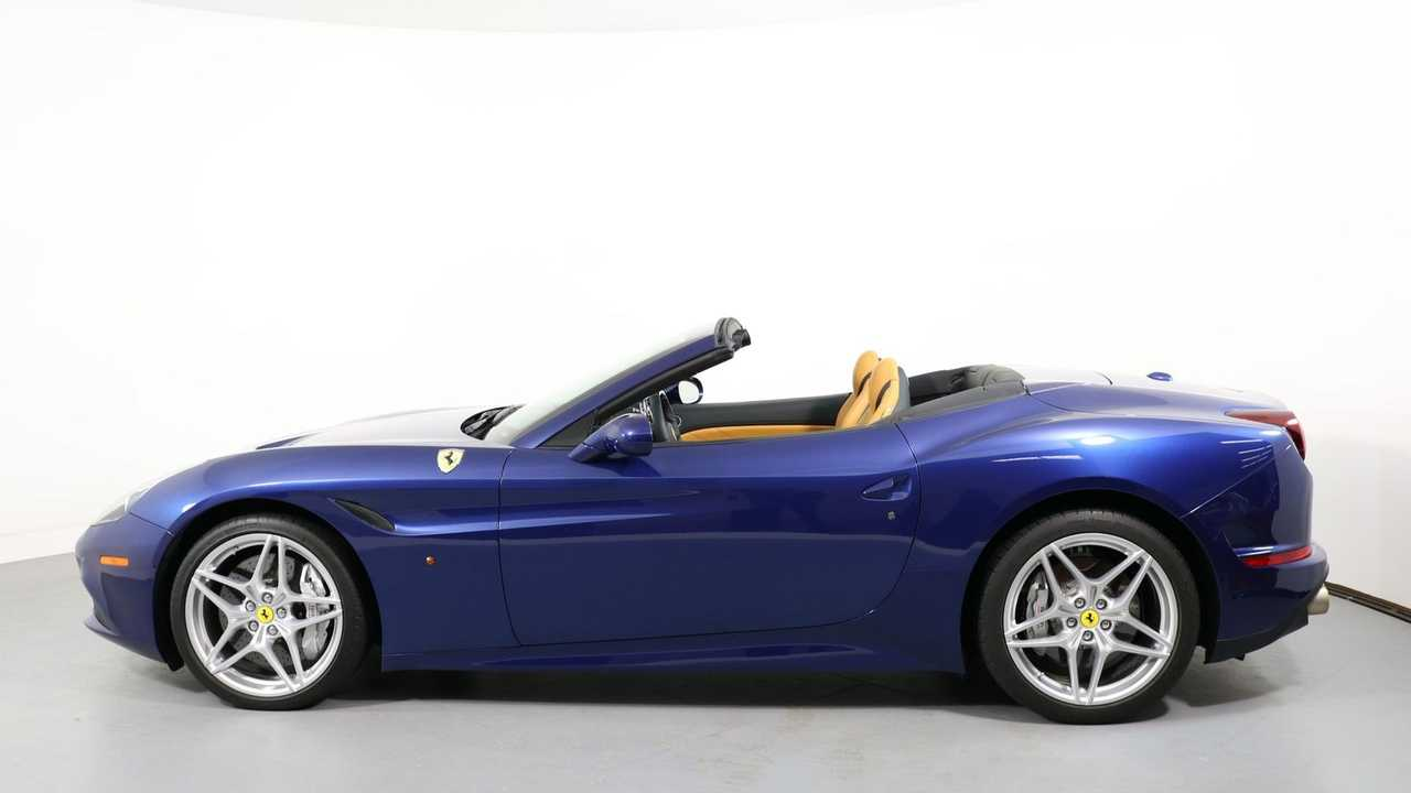 Feel The Breeze In A 2016 Ferrari California T