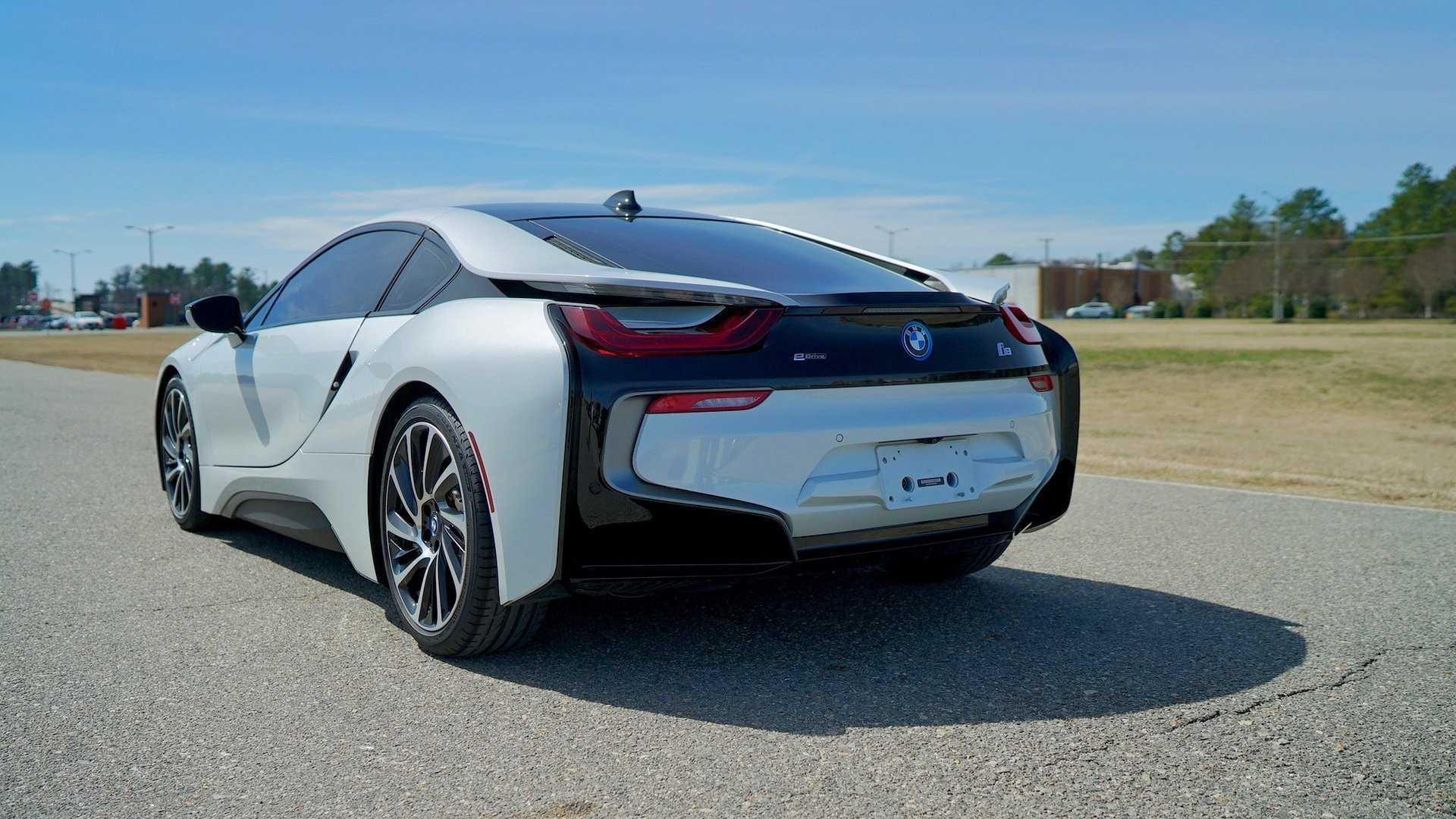 "[""CFS: 2014 BMW i8""]"