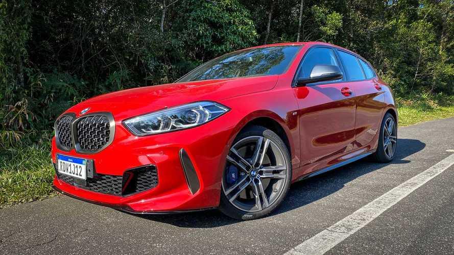 BMW Z4 e M135i ganham sistema de abertura das portas pelo celular