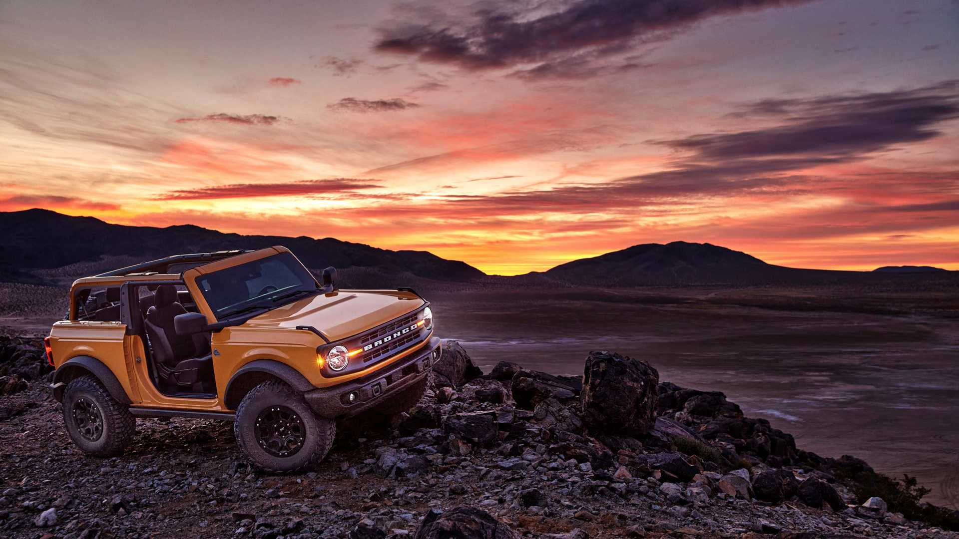2021 Ford Bronco Order Guide Reveals Standard And Optional ...