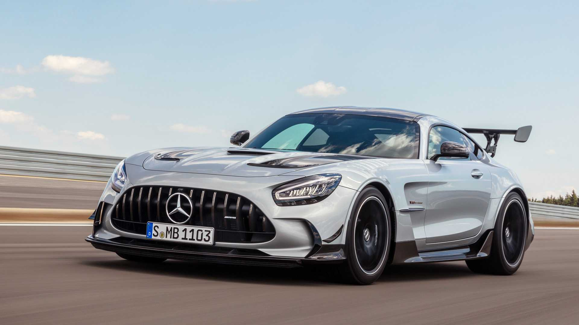 2021 Mercedes-AMG GT Black Series muazzam güç ve aero ile geldi