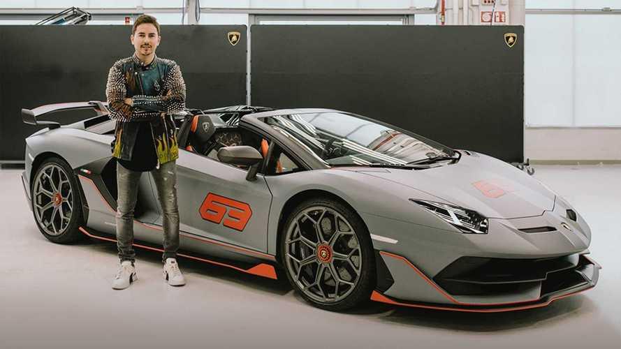 Jorge Lorenzo estrena un Lamborghini SVJ 63 Roadster muy especial