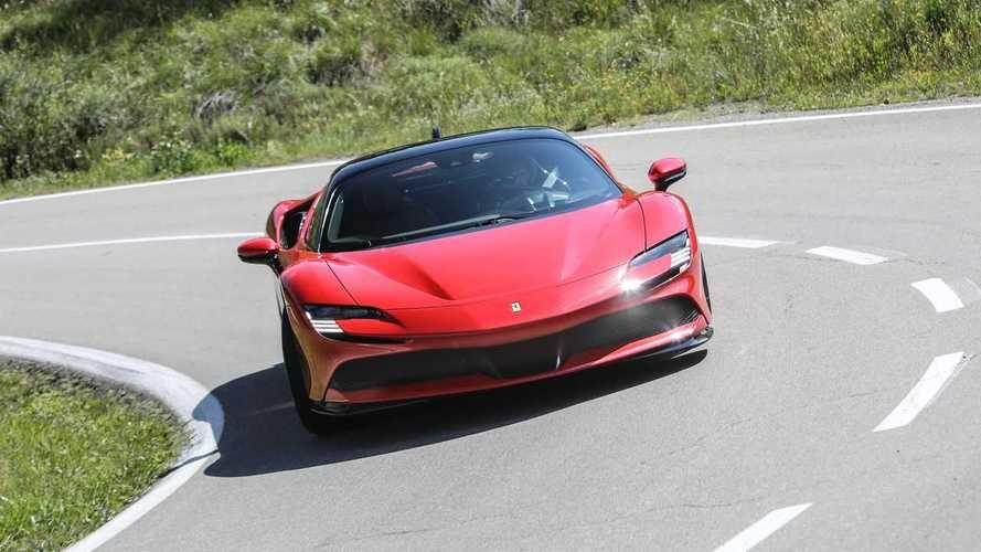 Аналитики посоветовали Ferrari поскорее перейти на электрокары