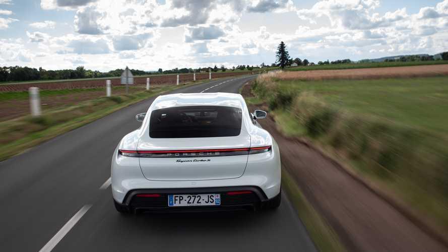Porsche emprunte du personnel à Audi pour la production de la Taycan