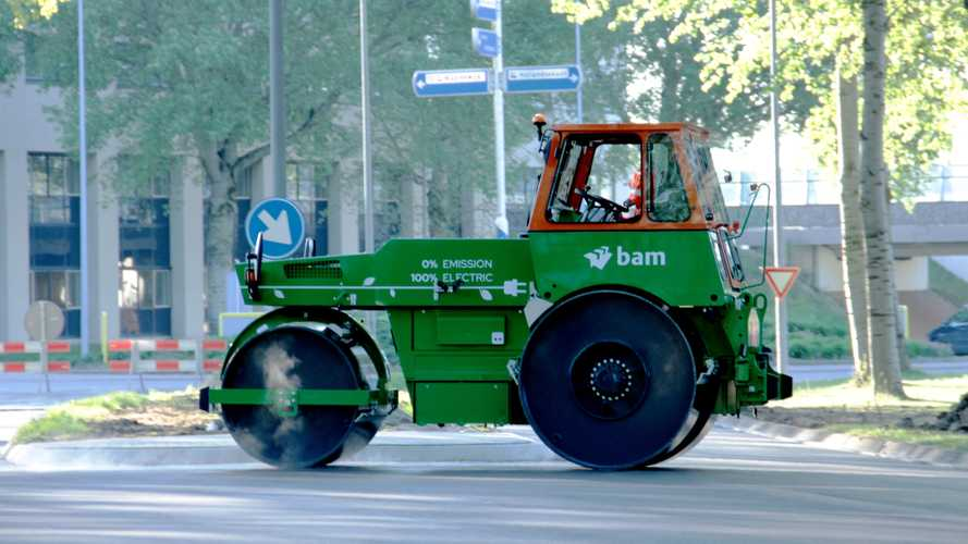 BAM Infra Reveals The World's First Fully Electric Road Roller