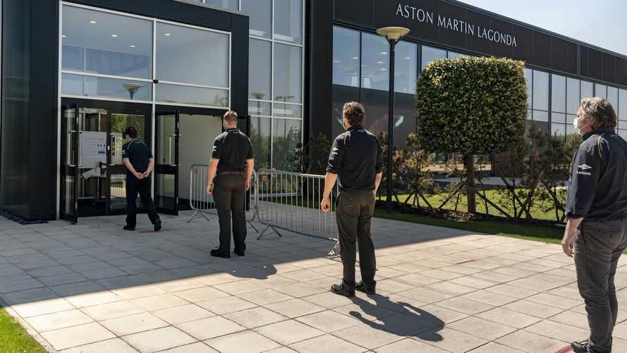 Az Aston Martinnál is újraindult a munka