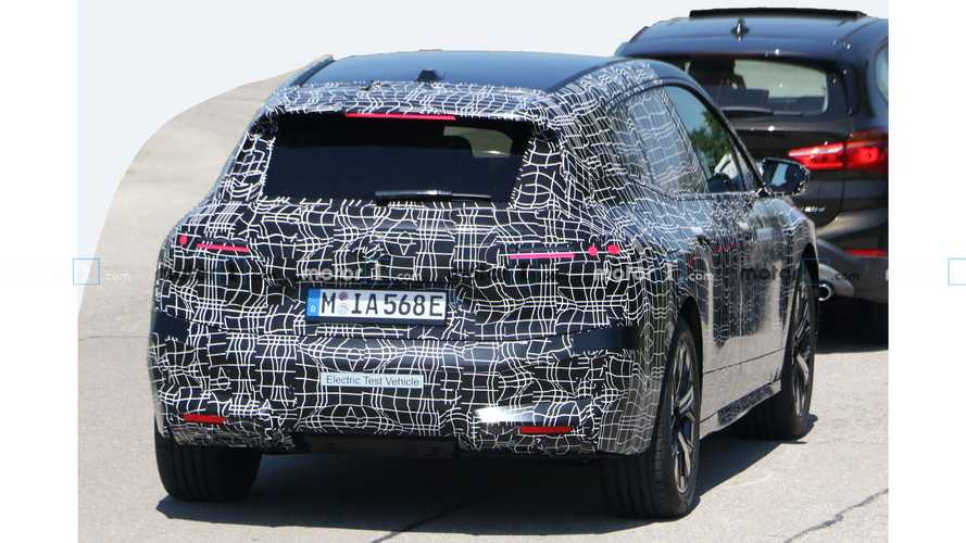 BMW iNext - новые шпионские фото