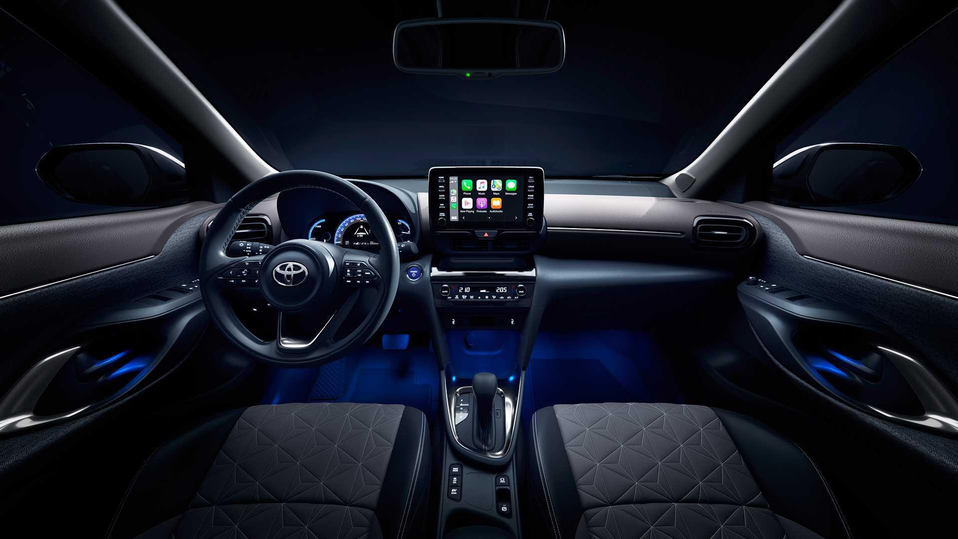 Toyota Yaris Cross (2020) 18