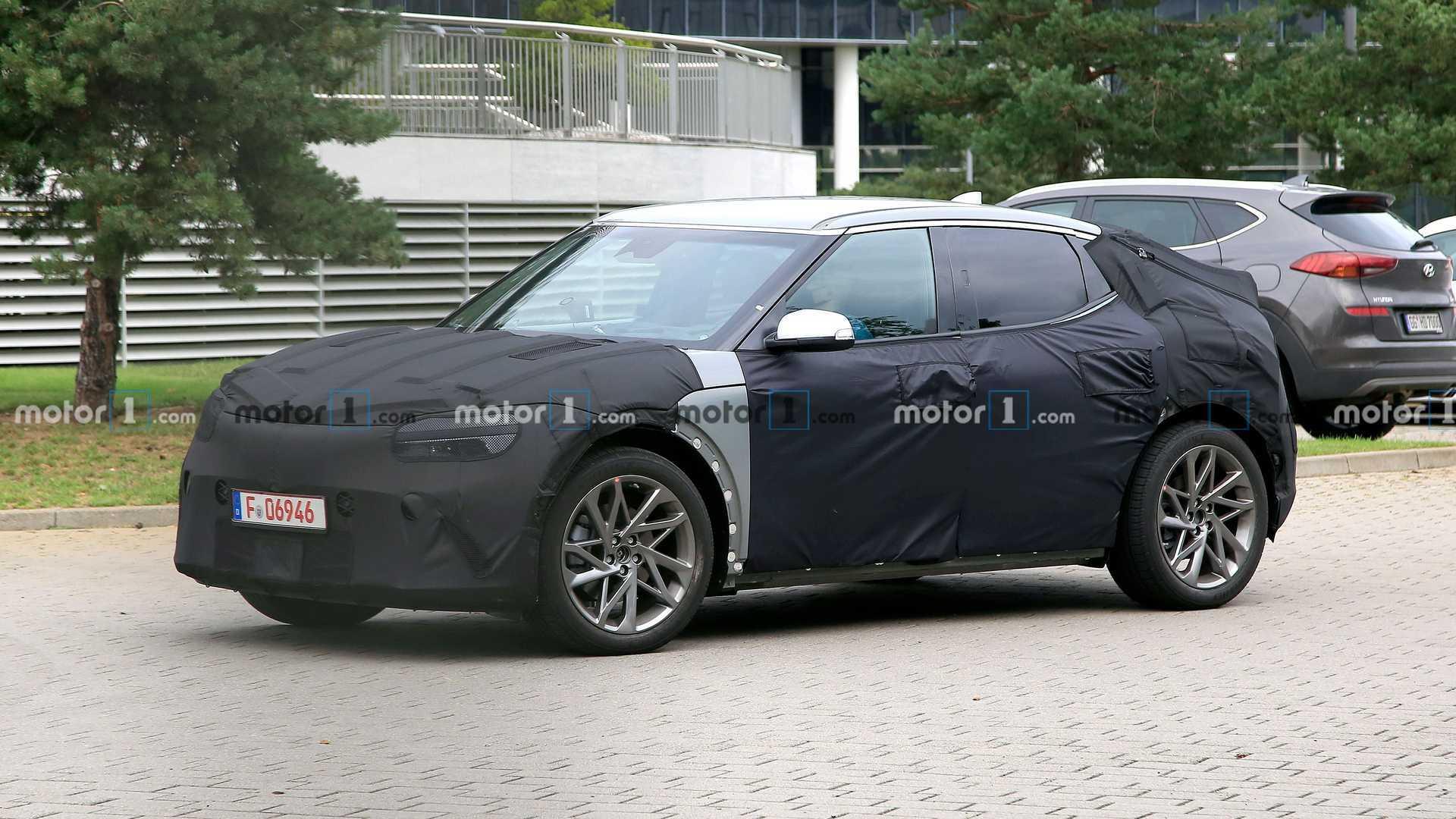 2021 - [Genesis] EV Hyundai-jw-ev-spy-shots-side-detail