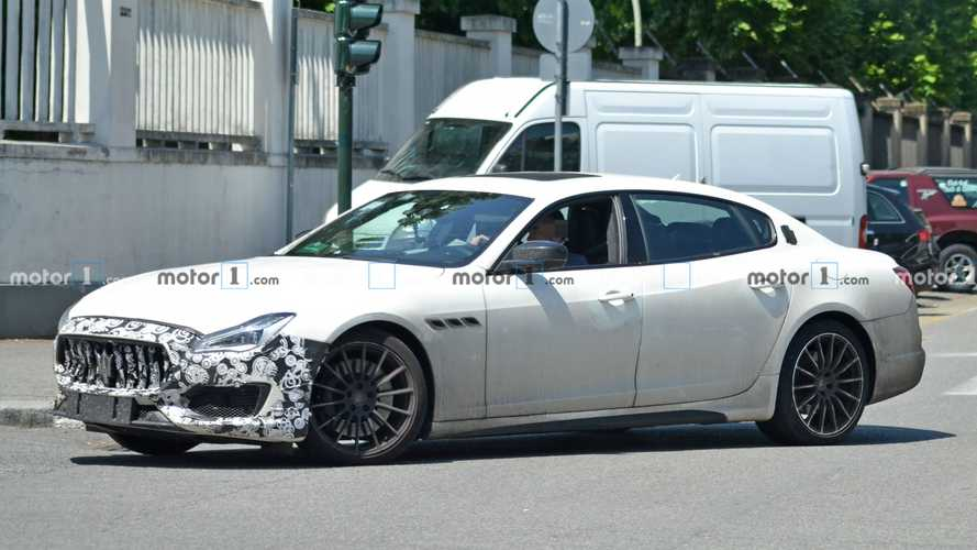 Maserati Quattroporte yeni burnu ile testte