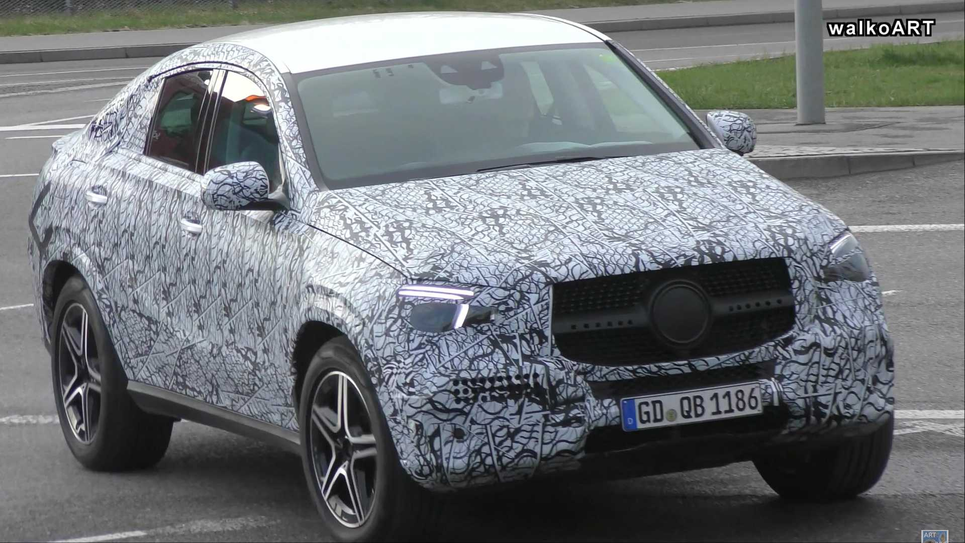 New Mercedes Benz >> New Mercedes Benz Gle Coupe Spied On The Road In Germany