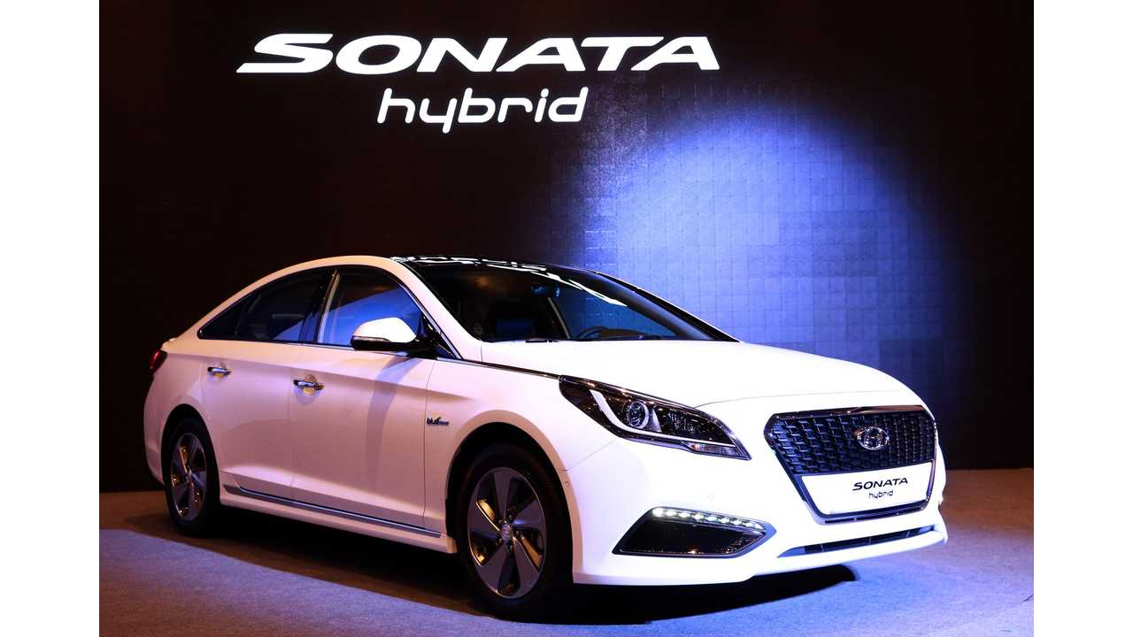 New Hyundai Sonata Unveiled - Plug-In Hybrid To Launch In 2015