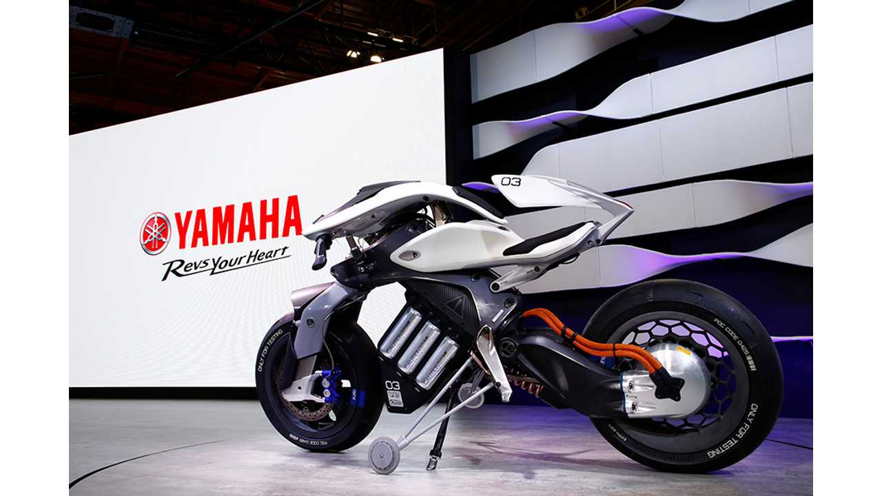 Yamaha MOTOROiD - The Motorcycle/Robotcycle Concept