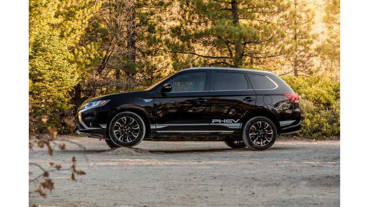 Mitsubishi Dealerships In U.S. Asking For More Outlander PHEV SUVs