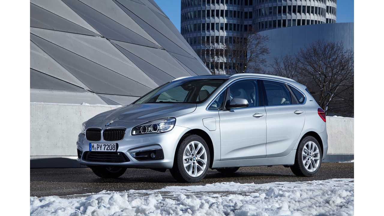 BMW 225xe Active Tourer Plug-In Hybrid Test Drive Review