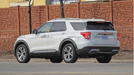 Ford Explorer Plug-In Hybrid Spotted In The Wild