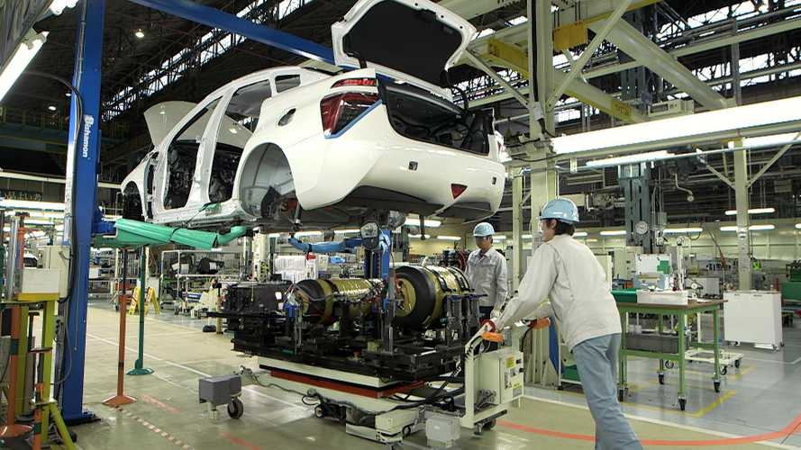 Toyota Mirai Production Ceiling Is 3,000 Units Per Year