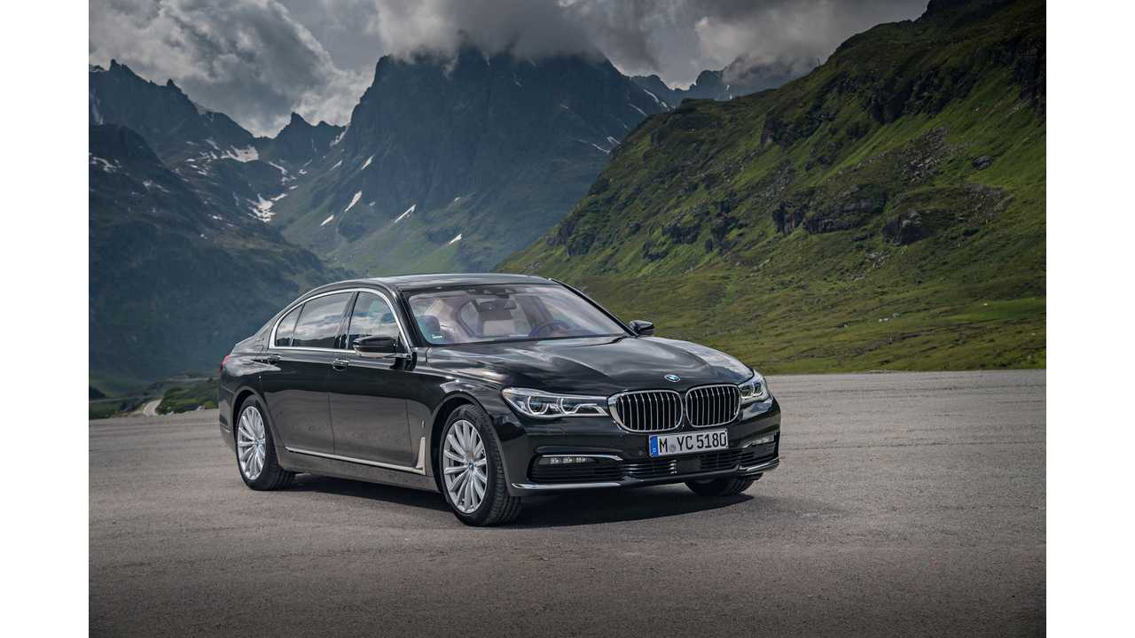 2020 BMW 740Le XDrive Specs, Redesign And Rumors >> Bmw Introduces Plug In 740e 740le And 740le Xdrive Specs