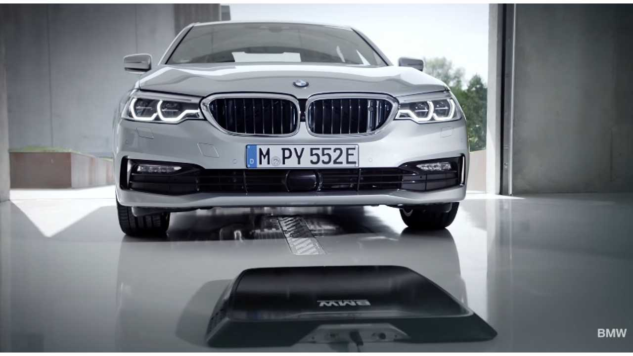 Wireless charging of the BMW 530e iPerformance