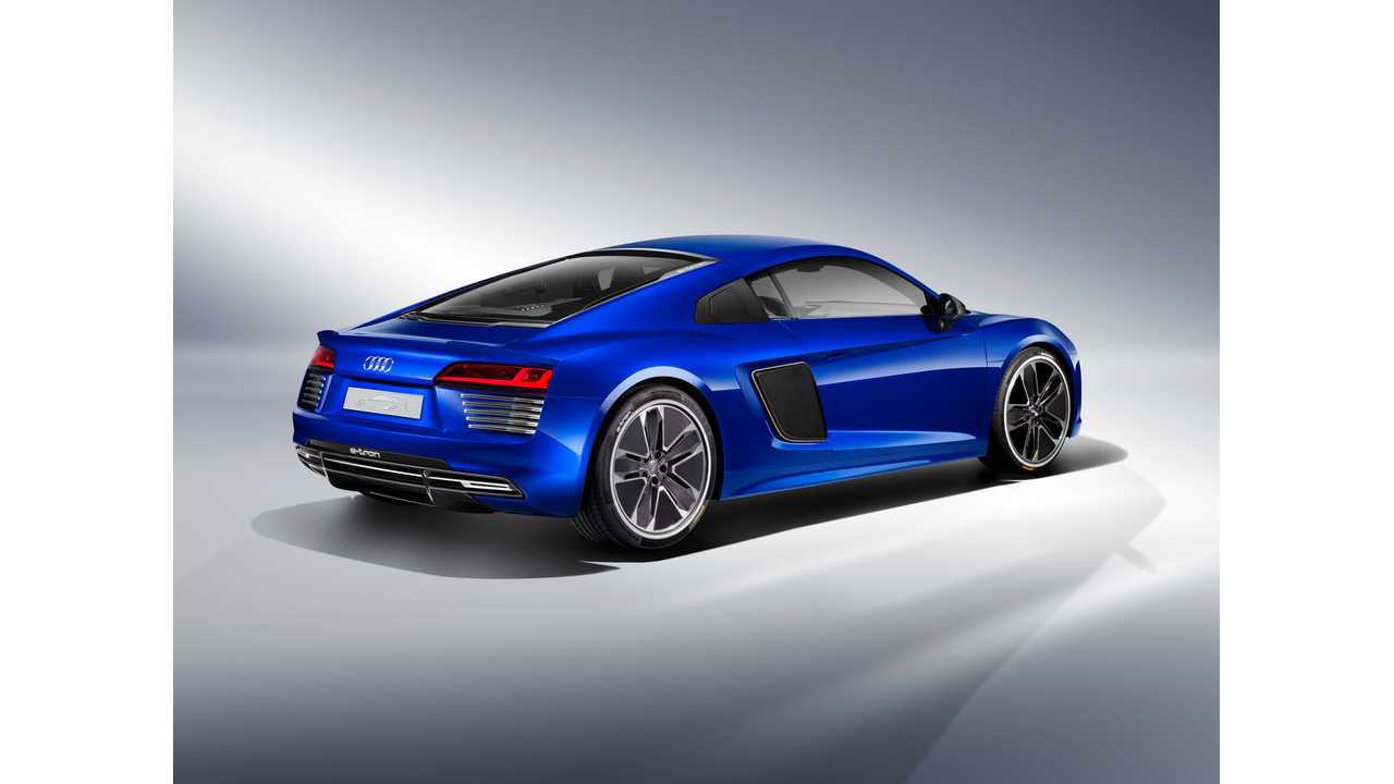 Audi Piloted Driving >> Audi Reveals R8 E Tron Piloted Driving Concept