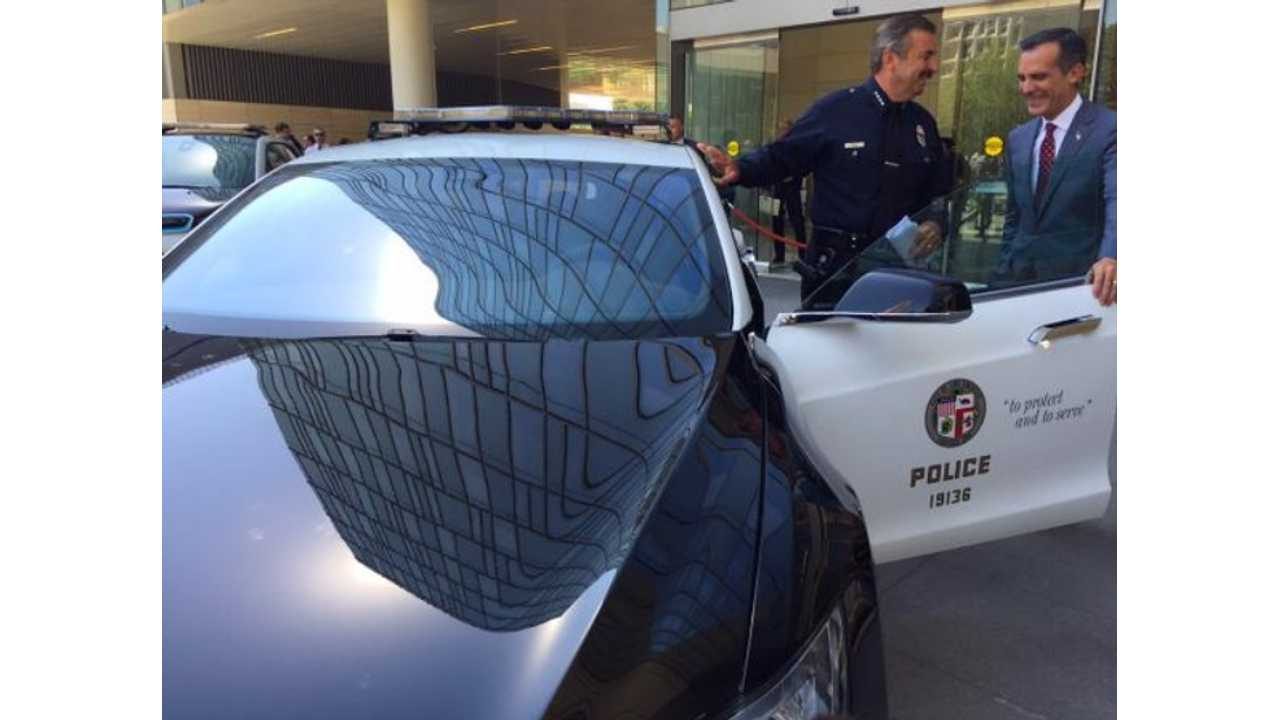 Tesla model s p85d lapd police cruiser mayor eric garcetti