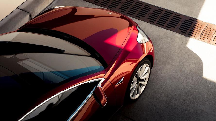 Un ex-employé de Tesla a copié le code de l'Autopilot