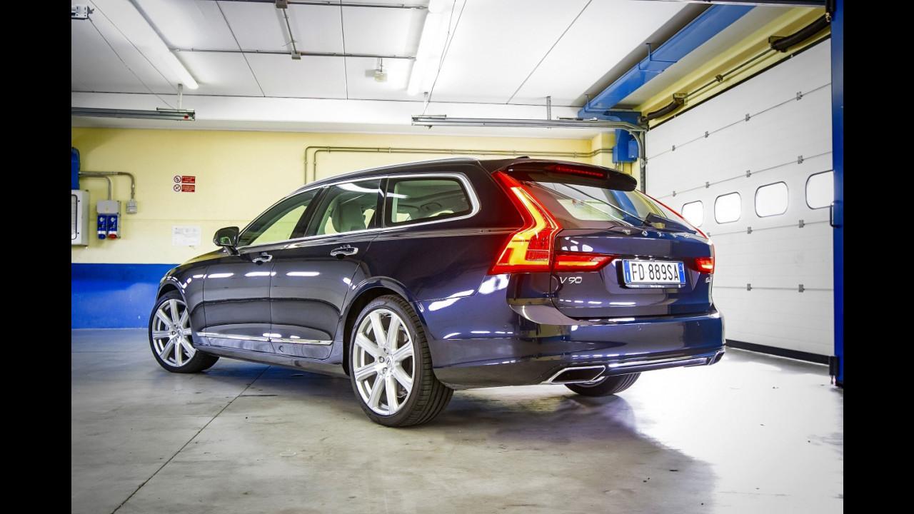 Garage Volvo V90 013