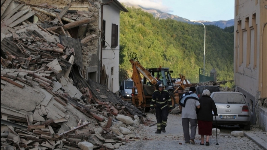 [Copertina] - Terremoto Centro Italia, l'ACI mette a disposizione mezzi e uomini
