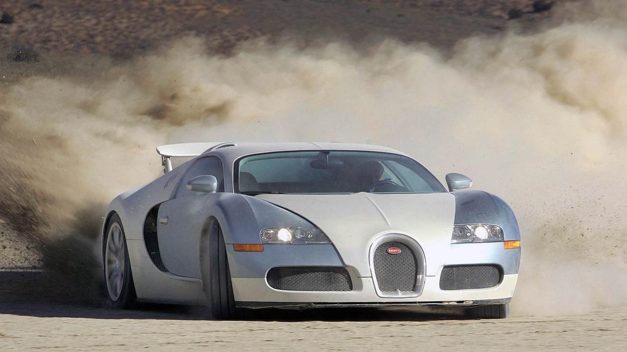 Bugatti Veyron: 407 km/h