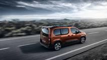 2018 Peugeot Rifter revealed
