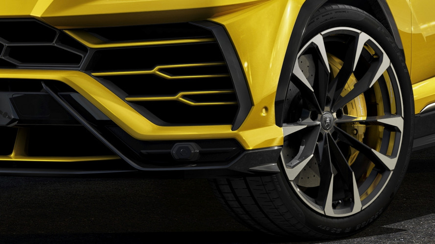 """Lamborghini Urus, ruote da 23"""", ecco perché le dimensioni contano"""