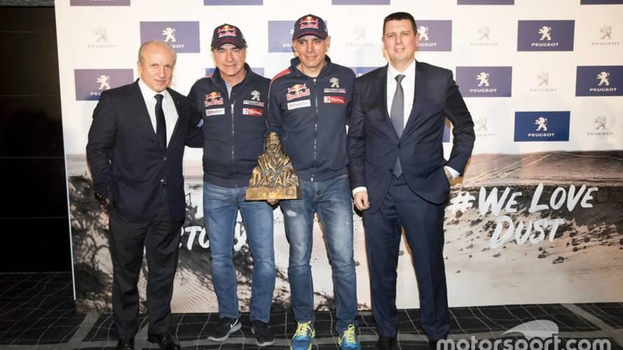 Carlos Sainz llega a Madrid, tras ganar el Dakar 2018